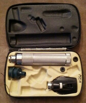 Welch Allyn Ophthalmoscope 11620 with 71050 Handle & Damaged Case *No Battery