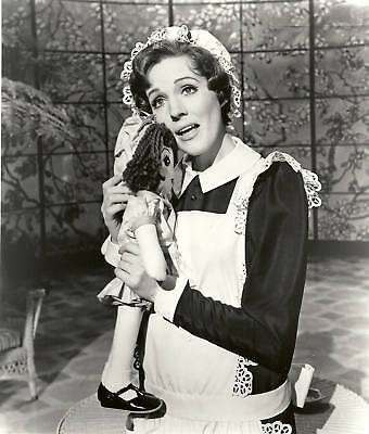 Julie Andrews #247 B&W 8x10 Photo Sweet Young