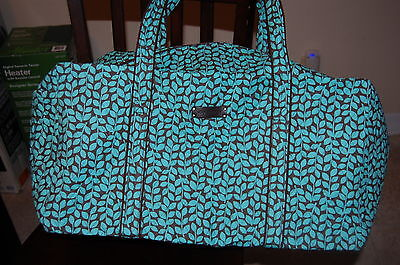 NEW WITH TAGS  VERA BRADLEY SHOWER VINES  LARGE DUFFEL  DUFFLE