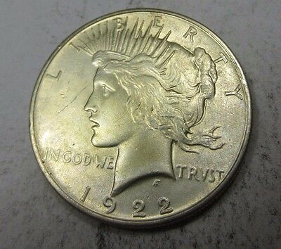 1922 Peace Dollar // LOW MINTAGE! // 90% Silver (P915)