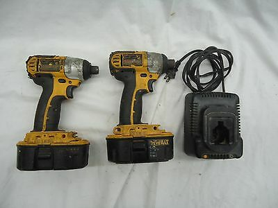 Dewalt DCF826 and DC825 impact driver with two Batteries and Charger
