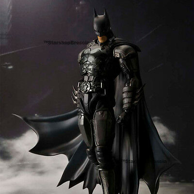 BATMAN - Injustice Gods Among Us - Batman S.H. Figuarts Action Figure Bandai