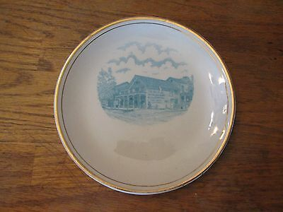 """The Big Store 7"""" Collector plate vintage gold trimmed"""