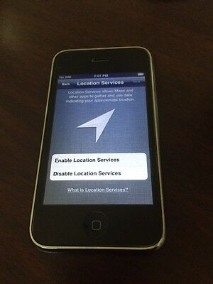Apple iPhone 3GS - 16GB - Black (AT&T) Smartphone (Model A1303)