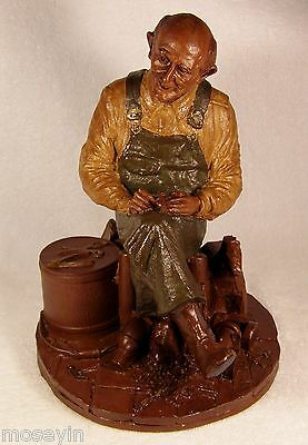 Tom Clark Gnome '85~#1083 Uncle Whit-R~Ed 20~Whittling Toys for His Grandchildre