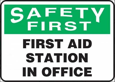 "NMC SF47RB ""SAFETY FIRST, FIRST AID KIT INSIDE"" 10"" X 14"" Plastic"