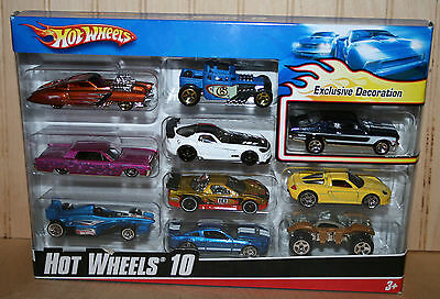 Hot Wheels 2010 Gift 10 Pack 68 CHEVY NOVA Exclusive Black Version