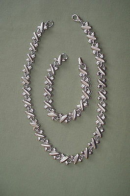 "Silver Love X's 16.5"" Necklace 7.5"" Bracelet Set Lobster Claw Clasp 1/2"" Thick"