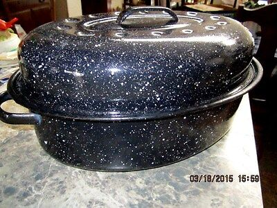 "Vintage 14"" Oval Black White Speckle Enamelware Turkey Roaster Roasting Pan"