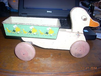 ANTIQUE DUCK WAGON PULL TOY WOOD & TIN 1930S? HUSTLER TOY CORP.