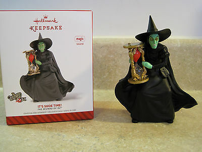 MIB Hallmark Keepsake Ornament 2014 WIZARD of OZ WICKED WITCH * IT'S SHOW TIME!