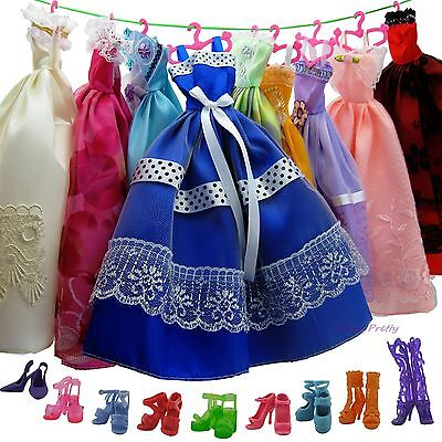 HOT ! 10 Fashion Dress Gown + 10 Shoes + 10 Pink Hangers Clothes For Barbie Doll