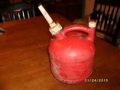1 1/4 Gallon Used  Eagle Plastic Heavy Duty Vented Gas Can Lot 15-4-1