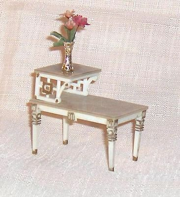 Tier Table and Miniature Vase Petite Princess Dollhouse Furniture