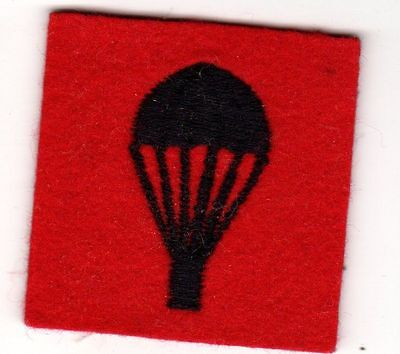 Small Post WWII NATO British or Belgium Airborne Parachute Patch Belgian