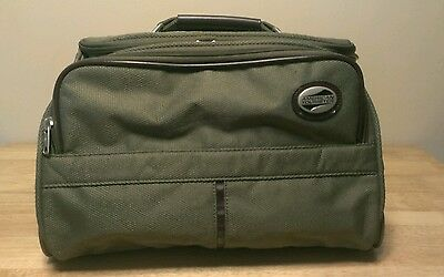 American Tourister Travel Shoulder Carry On Bag Luggage olive green commodore 2