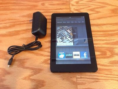 Amazon Kindle Fire 8GB, Wi-Fi, 7in - Black - Good Condition