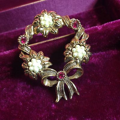 Vtg Avon Faux Pearl Cluster Wreath Pin Brooch Red Rhinestone Victorian Inspired