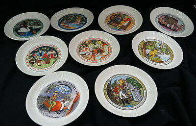 (9) miniature CHILDRENS plates / nursery rhymes / WEDGWOOD perfect & boxed sets