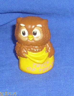 Hallmark Halloween Merry Miniatures Owl 1988 Great Condition with Gold Seal