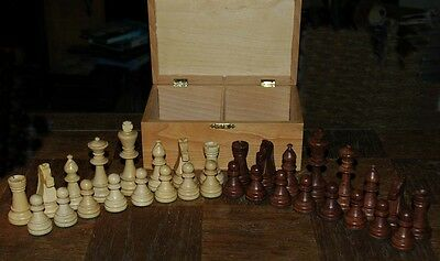 """Wood Chessmen with Wooden Storage Box 3.5"""" King"""