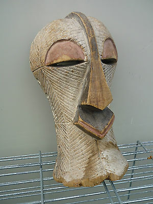 arte africana SONGYE female * PASSPORT MASK