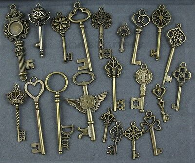21 Antique Vtg old Style Large Bronze Skeleton Keys Lot Victorian Gothic Fantasy