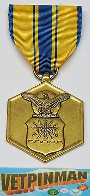 FULL SIZE MEDAL AUTHORIZED ISSUE AIR FORCE COMMENDATION MEDAL