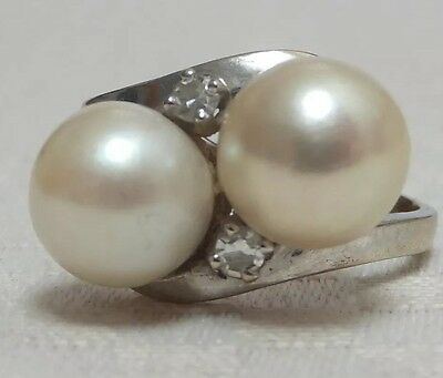 Antique Pearl & Diamond 18 Carat White Gold Ring French Circa 1940s