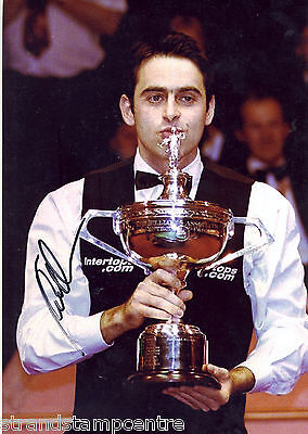 """Ronnie O'Sullivan Colour 10""""x 8"""" Signed Snooker Trophy Winner Photo - UACC RD223"""
