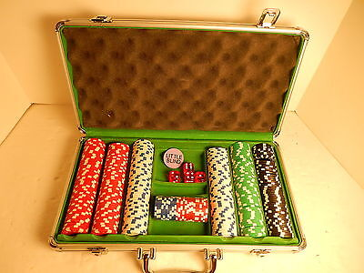Las Vegas Casino Quality Clay Poker Set & Aluminum Case 313 Chips 4 Dice