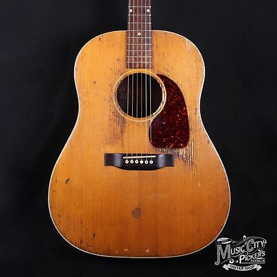 1951-54 Gibson J-50 Rodney Crowell's Acoustic Guitar w/ HSC (3014C)
