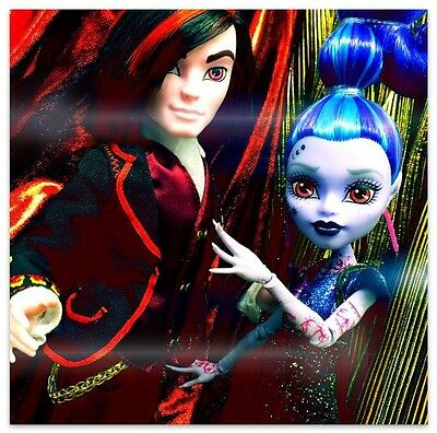 2015 SDCC Exclusive Mattel Matty Monster High Doll Valentine and Whisp 2 Pack