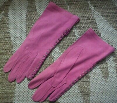 Vintage dusty pink suede gloves with laced edge