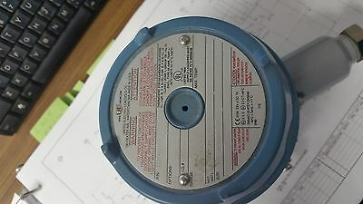 United Electric E121-2200C *New* Hazardous Location Thermostat