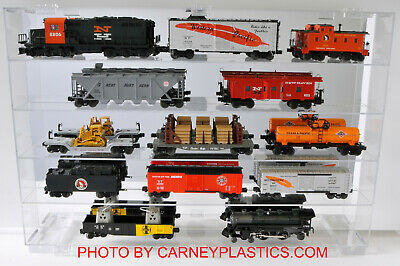 Train 15-O Display Case