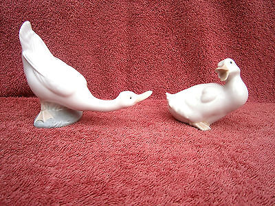 Beautiful  Pair  Lladro  Nao  Ceramic  Ducks  Figurines