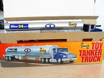 Sunoco Toy Tanker Truck 1994 Collectors Edition Boxed