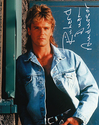 *NOW ON SALE*  RICHARD DEAN ANDERSON signed MACGYVER photograph (63926)