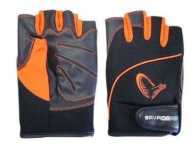 Savage Gear Protect Gloves / sizes: M, L and XL / Handschuhe