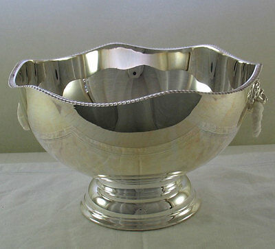 Punch Bowl Gadroon Border 10 in.