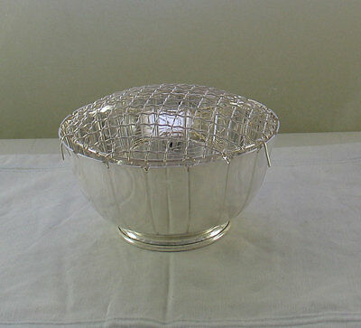 Rose Bowl with Net, Coronet, Fluted 8  in.