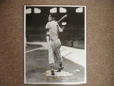 Ted Williams Autographed 16″ x 20″ Black & White Print