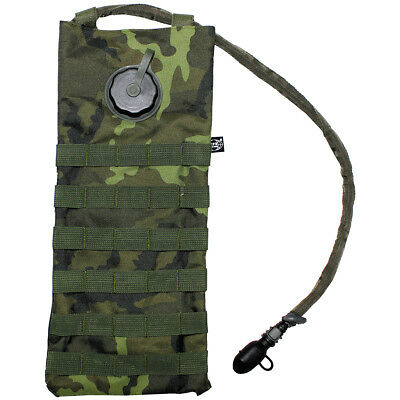 MFH 2.5L Hydration Bladder Hiking Water Carrier MOLLE Pack Czech Woodland Camo