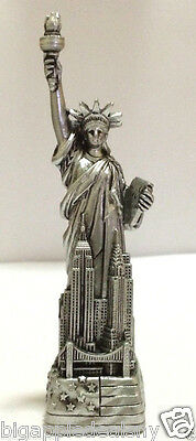 """4"""" Statue of Liberty Figurine w.Flag Base Souvenir from New York City SKYLines"""