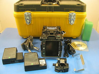 Fujikura FSM-60S Core Alignment Fusion Splicer, w/ CT-30, 34,629 Arc Count