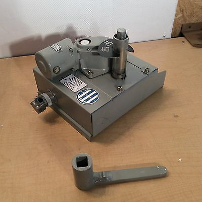 Electrically Operated Mechanism For Air Circuit Breakers PN 97548