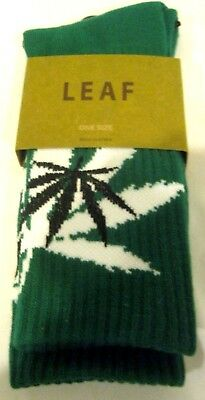 Men's Pair of Low Cut Green w/Black&White MJ Weed Leaves Socks Size 10-13-New!