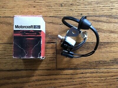 NOS FoMoCo 1966-1967 Ford Galaxie Mercury 4-Speed M/T Back-Up Light Lamp Switch