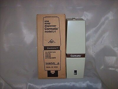 NIB GeorgiaPacific Clear Cormatic Soap Dispenser Model L1 895